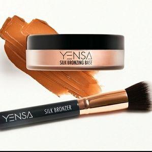 Yensa silk bronzing base NEW